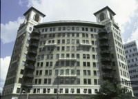 Ponce de Leon Apartments
